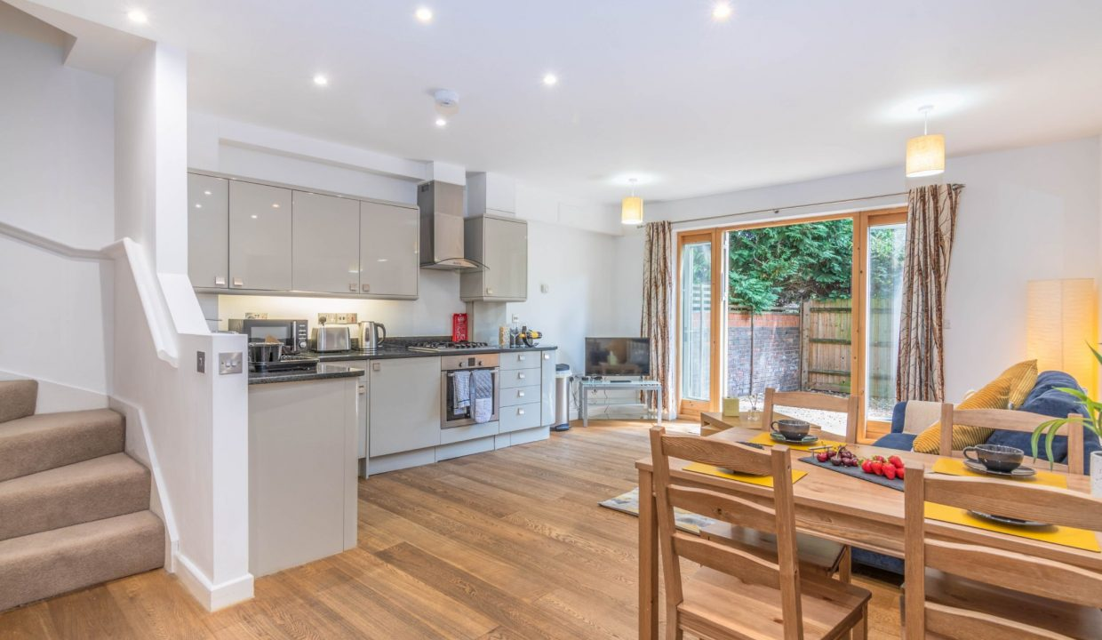 lyter-living-rentals-oxford-wharf-house-1