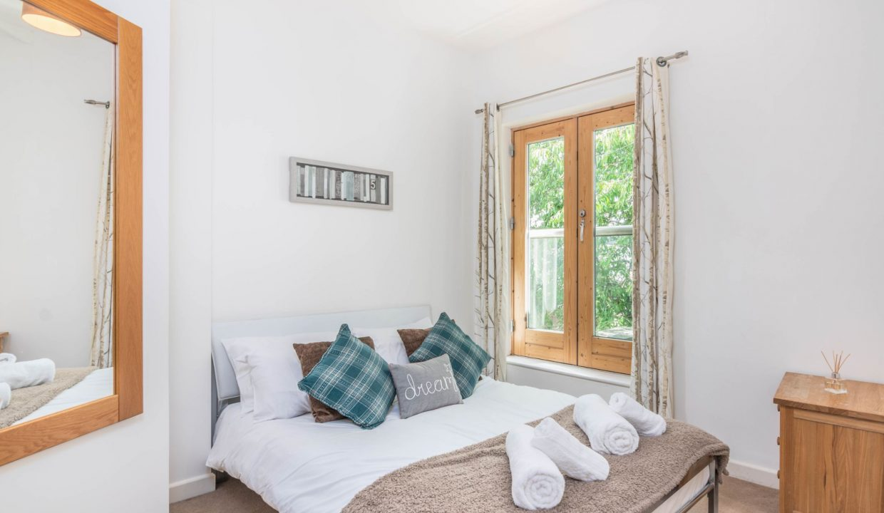 lyter-living-rentals-oxford-wharf-house-17