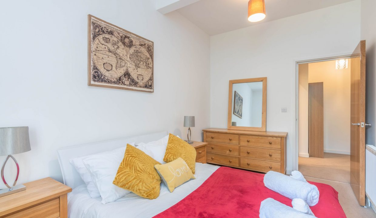 lyter-living-rentals-oxford-wharf-house-25