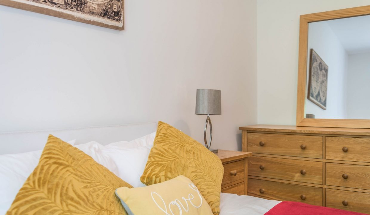 lyter-living-rentals-oxford-wharf-house-27