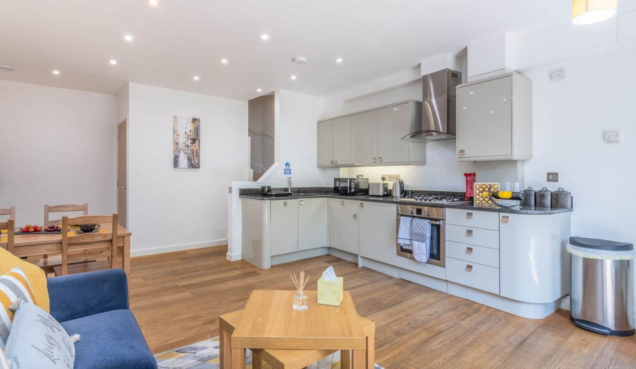 lyter-living-rentals-oxford-wharf-house-4