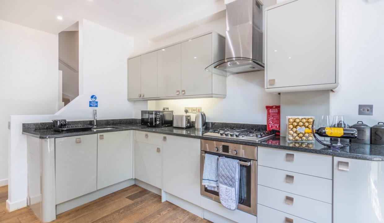 lyter-living-rentals-oxford-wharf-house-5