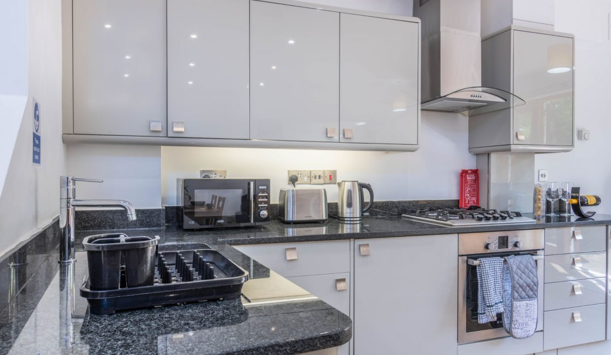 lyter-living-rentals-oxford-wharf-house-7