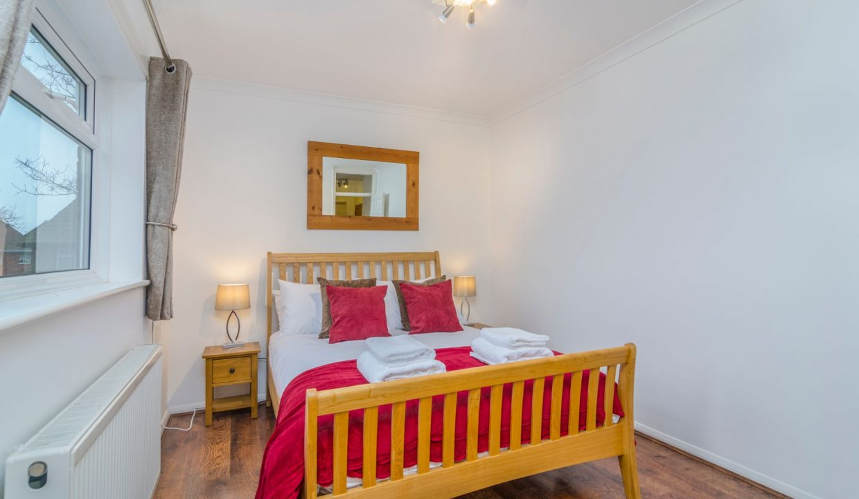 lyter-living-heathrow-business-apartment-11